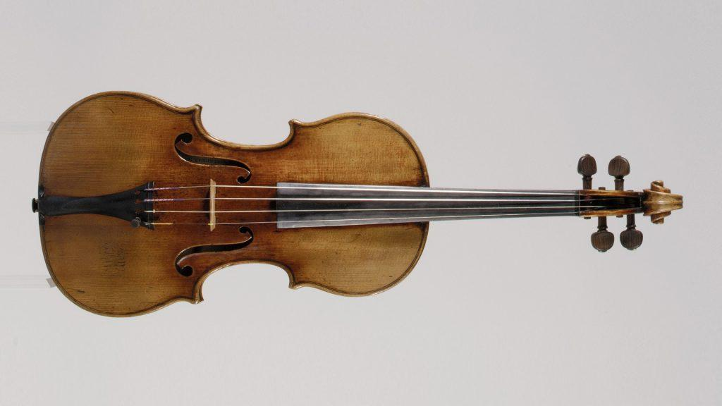 "Antonio Stradivari's ""Antonius"" violin (1711) (c) Metropolitan Museum of Art, licensed under the create commons license"